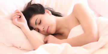 Las últimas investigaciones sobre sueño y salud deberían hacerte dormir más